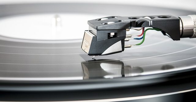 great turntable for Alan Emslie's music